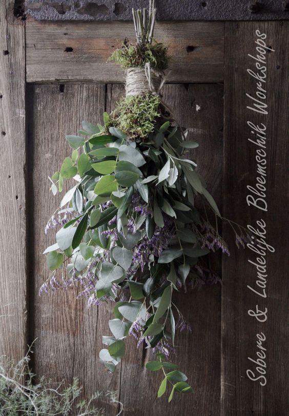 Mooie toef sober landelijk stoer rustiek groendecoratie bloemschikken eucalypthus - Decoratie stijl van de bergen ...