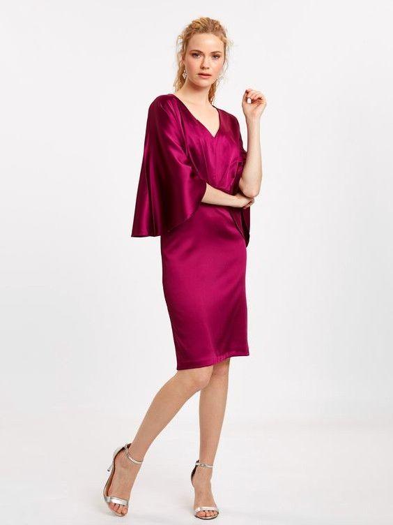 Lcw Bayan Elbise Modelleri Fusya Kadife Kisa V Yaka Yarasa Kol Elbise Gumus Topuklu Ayakkabi Elbise Elbise Modelleri Kadin
