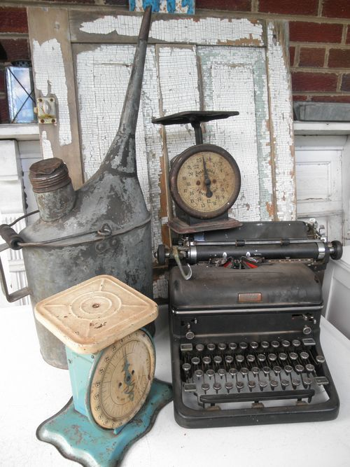 Typewriter and scales