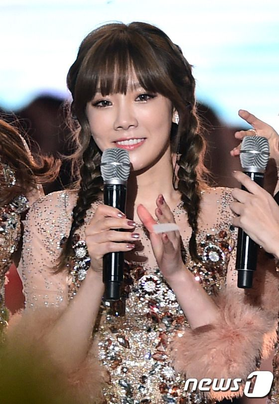 Browse Snsd S Pictures From The 2016 Dmc Festival Korean Music Wave In 2020 Music Waves Korean Music Snsd