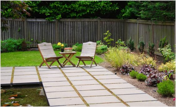 Landscape-Traditional-Seattle-concrete-pavers-grass-lawn-path-Patio-permeable-paving-planters-pond-turf-walkway-water-feature-wood-fencing-id-1908.jpg (996×610)