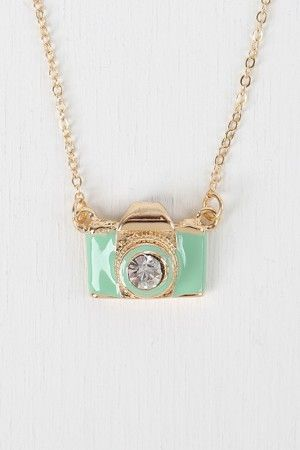 Vintage Camera Necklace ;0)