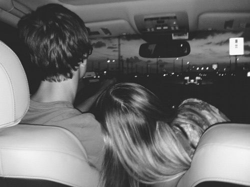 แฟนขับรถรับส่ง