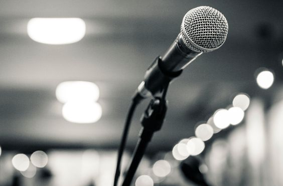 Before you go out and belt out your favorite tune, check out these top 7 rules for karaoke night.  Love #5 and #1.: