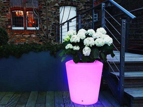 Ausgefallene Beleuchtung für den Garten von Moree * Ideen zur Beleuchtung * beleuchteter Blumentopf