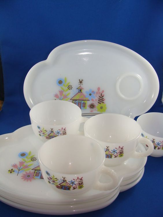 Federal glass vintage snack set for four in by