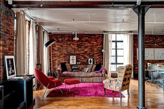 Loft de Paul Gross e Martha Burns, em Nova York, EUA. Projeto por Reddymade Design . #arquitetura #arte #art #artlover #design #architecturelover #instagood #instacool #instadesign #instadaily #projetocompartilhar #shareproject #davidguerra #arquiteturadavidguerra #arquiteturaedesign #instabestu #decor #architect #criative #cor #harmonia #colours #harmony #novayork #ny #reddymadedesign