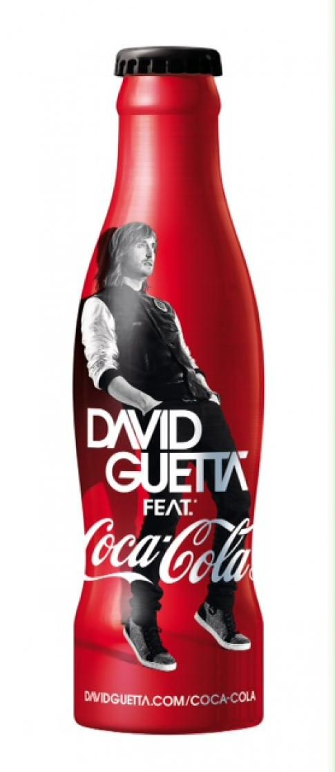 How did they fit him in there? David Guetta Coca Cola bottle
