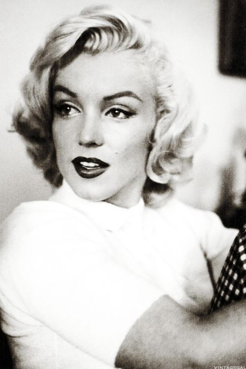 Marilyn Monroe photographed by John Vachon, 1953- amazing