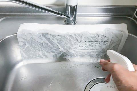 実践 ステンレスのシンクの磨き方 ピカピカに掃除する3つの方法 掃除 シンク キッチン 水切り