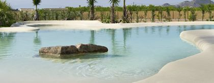 The beach at home: a new concept of pools
