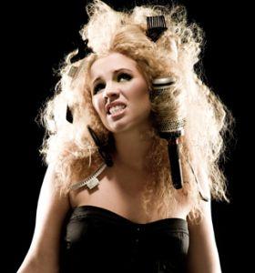 frizzy hair? Never ends well. #blowdry #hair #plainjane
