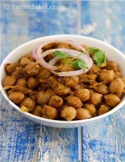 Chole ( Chaat Recipe) recipe | Indian Chaat Recipes | by Tarla Dalal | Tarladalal.com | #2824