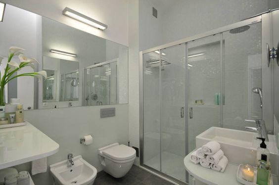 Residência Privada Vilamoura : Casas de banho modernas por Leonor Moreira Romba - Arquitecturas