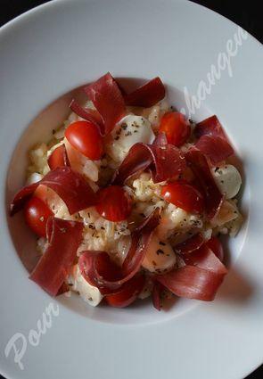 Risotto à la mozzarella, tomates, viande des grisons