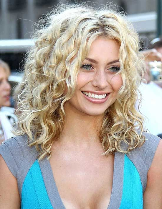 Top 20 Curly Hair With Bangs Hairstyle Ideas To Try Curly