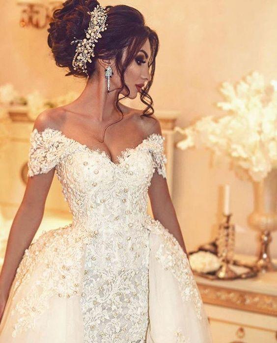 Coiffures De Mariee Tendance 2018 Coiffure Mariee Robe Princesse Mariage Voile Mariage