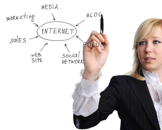 http://berufebilder.de/wp-content/uploads/2014/01/social-media-manager.jpg Warum Social Media Manager keine PR-Leute sind: Plädoyer für den digitalen Experten