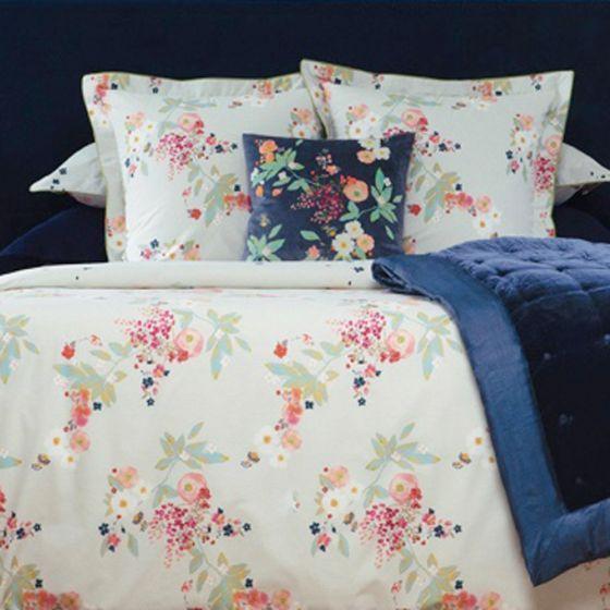 Boudoir Duvet Covers Shams By Yves Delorme Brass Bed Fine Linens Duvet Covers Duvet Brass Bed