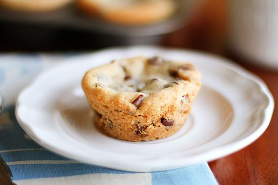 Chocolate chip lava cookies...um yes please!