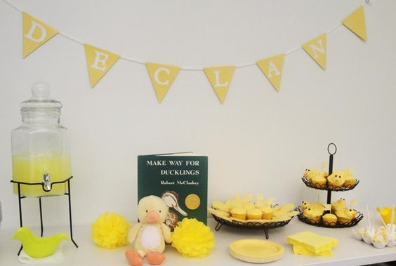 Ducks: Themed Baby Showers, Duckling Baby, Ducklings Work, Baby Shower Ideas, 4Thbaby Shower, Baby Bridal Shower, Duckling Themed, Ducklings Shower, Picture Book