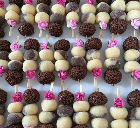 Espetinho doce - instagram: ogrande_dia