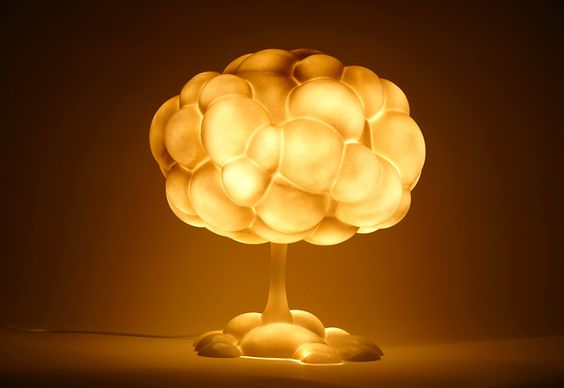 Anti-War Mushroom Lamp - h220430, the Japanese studio to design