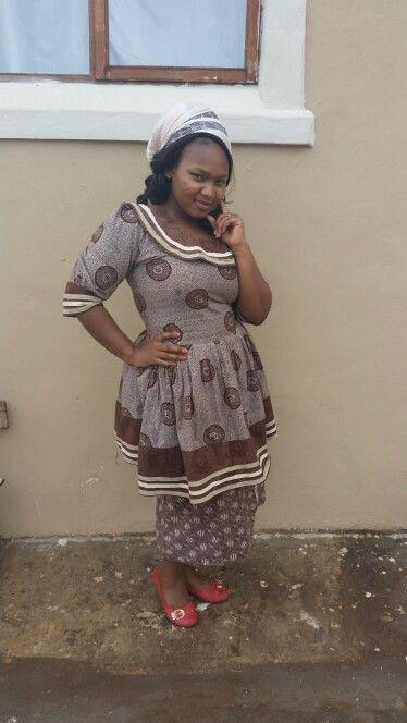 Xhosa makoti wear for local gathering. - 34.5KB