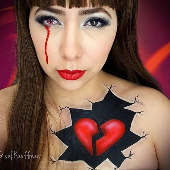 The entries for our valentines love theme competition are beginning to come in this entry is by @giselkauffman Don't forget to use the hash tag #dupelove with your entry #competition #dupecompetition #makeupartist #makeup #facepaint #faceart #creativemakeup #dupemag
