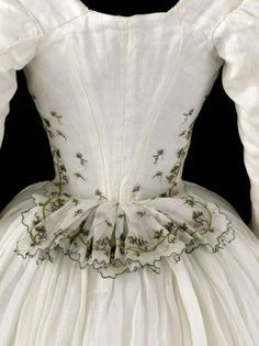 beautiful detail-historical clothing