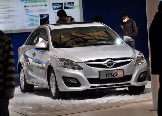 В Китае уже начались продажи седана Haima M6 http://carstarnews.com/haima/m6/201529111