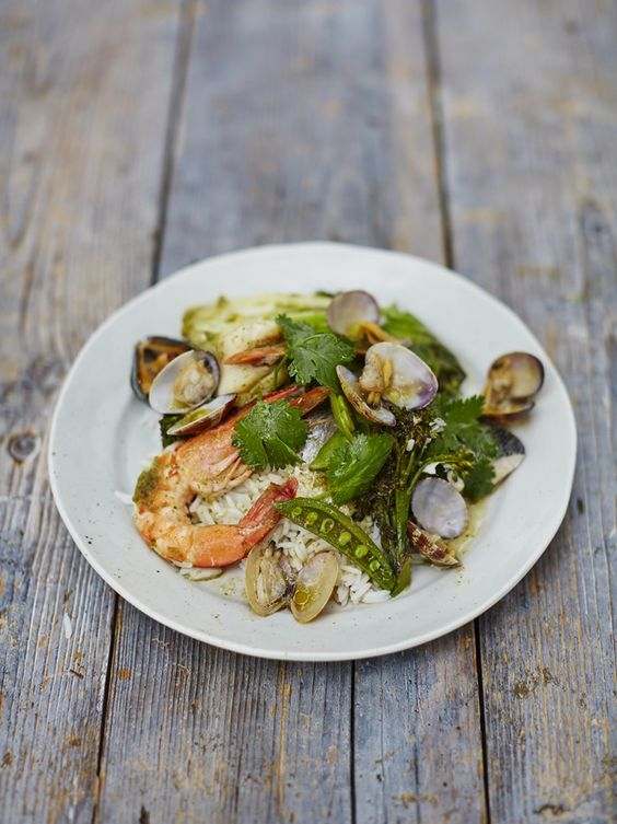 Asian-style seafood parcels | Jamie Oliver.   Shame it would make me ill (seafood allergy) but looks & sounds amazing.
