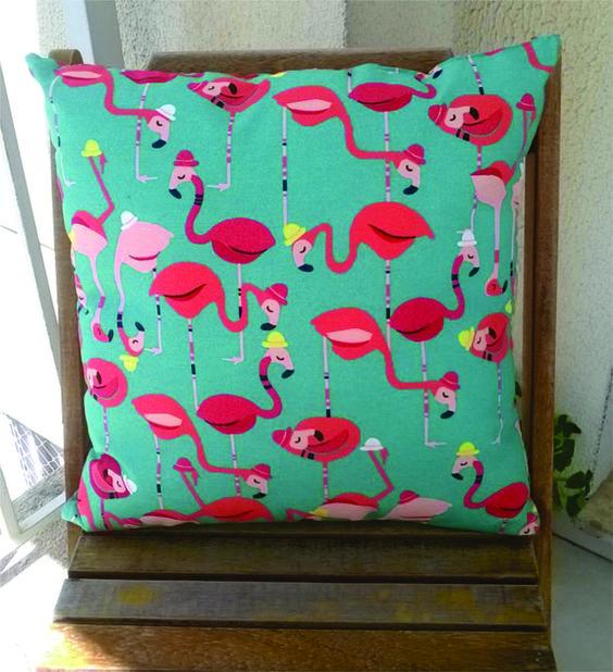 almofada flamingos - decoração sem marca