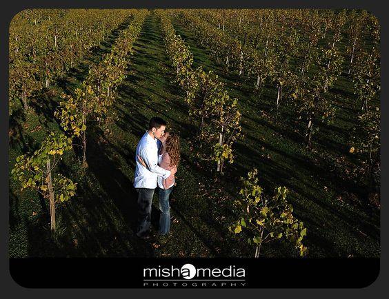 chicago-vineyard-engagement-photos-bb 05