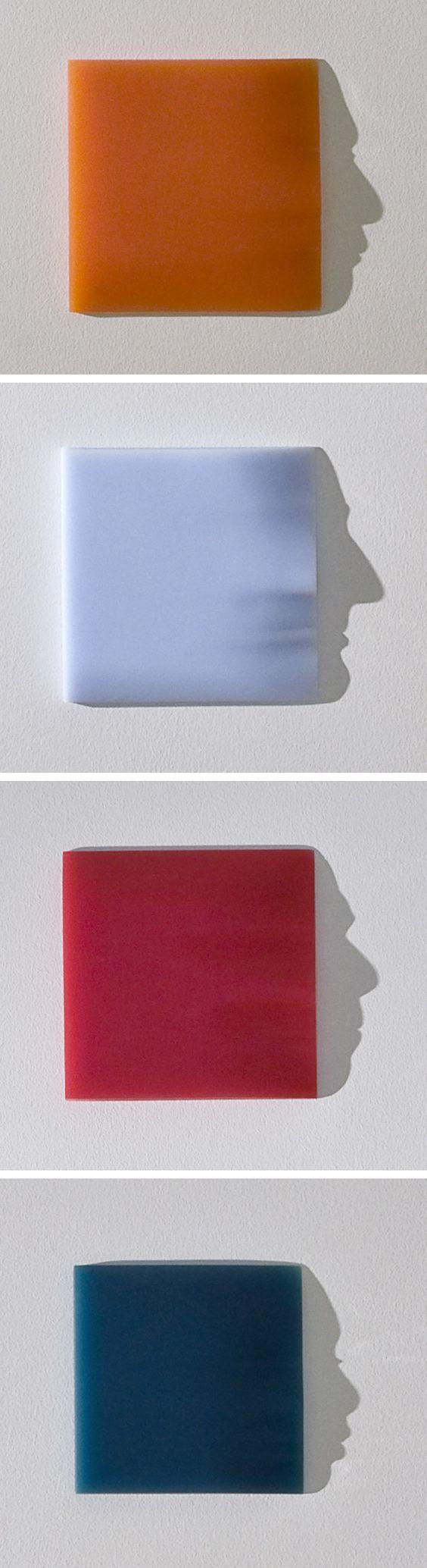 A artista japonesa Kumi Yamashita criou um projeto fotográfico com rostos formados por folhas de papel amassado.