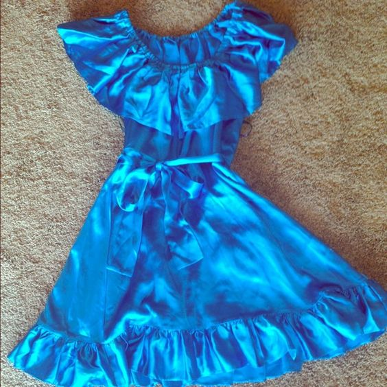Betsey Johnson satin ruffled wrap dress Beautiful Betsey Johnson turquoise ruffled collar wrap dress. Gorgeous, fun for any occasion. Dresses