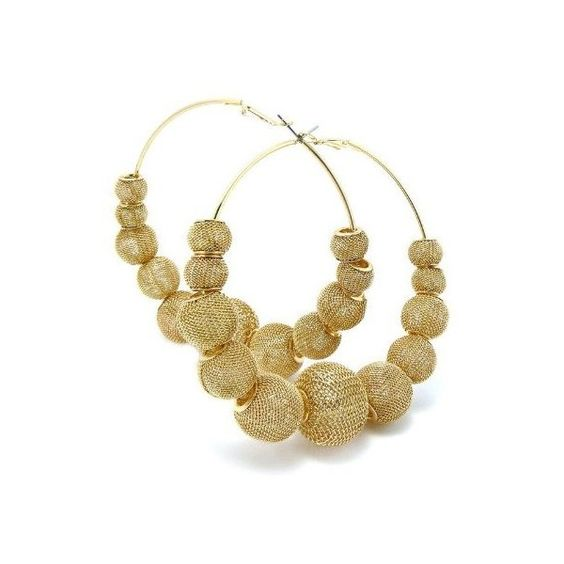Basketball Wives Poparazzi Inspired Mesh 11 Balls Earrings Gold Bwe3g (595 THB) ❤ liked on Polyvore featuring jewelry, earrings, accessories, gold jewellery, earring jewelry, yellow gold jewelry, mesh ball earrings and gold earrings jewelry