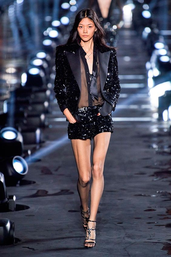 Saint Laurent Atemporal Para La Primavera 2020 | Cut & Paste – Blog de Moda