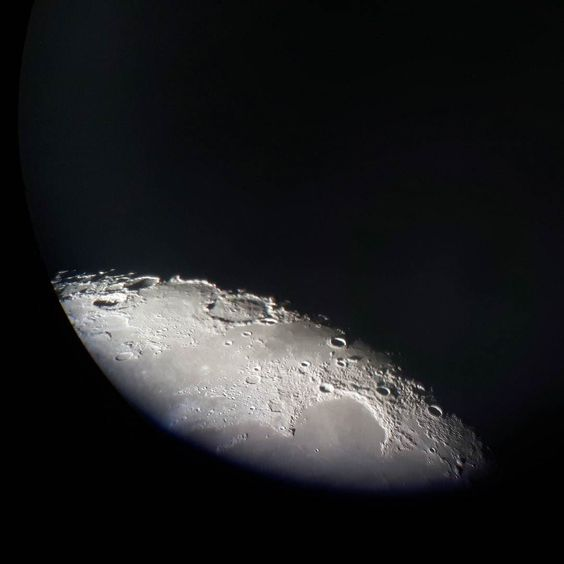 On instagram by sweetdreamsandfeathers #astrophotography #contratahotel (o) http://ift.tt/1PtGJx6 moon through a telescope. #moon #astronomy #january #night #astro