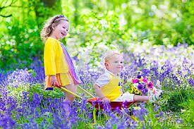 Resultado de imagen para girls with flowers pictures working
