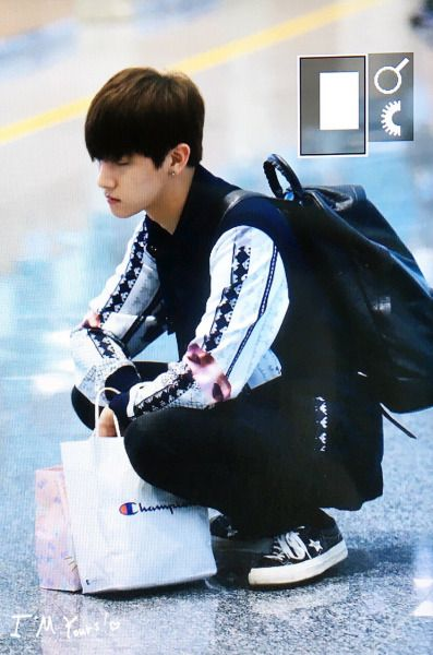 Baby looks so tired. Take a rest kkukkung. || Monsta X I.M.