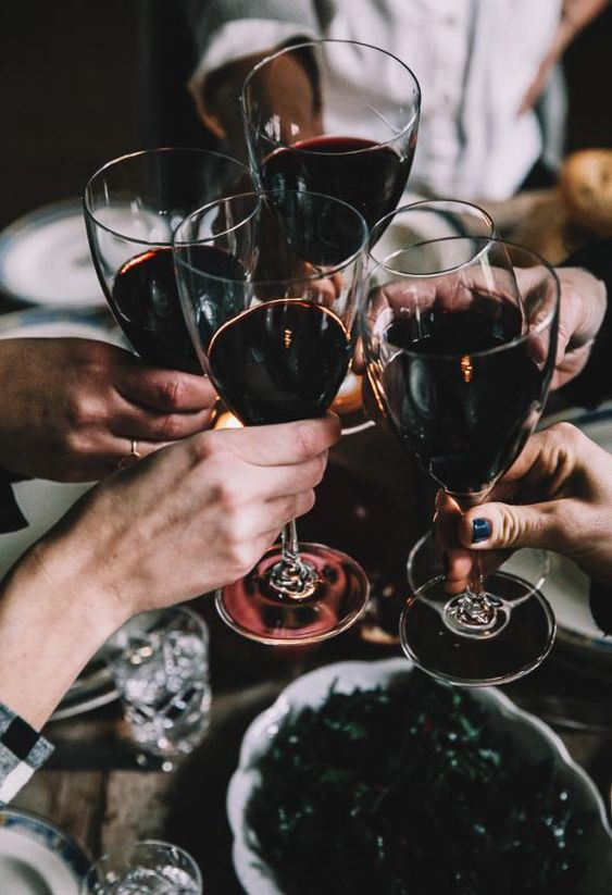 11 New Year's Eve Party Trends That Will Excite You | Natural Wines & Bubbles