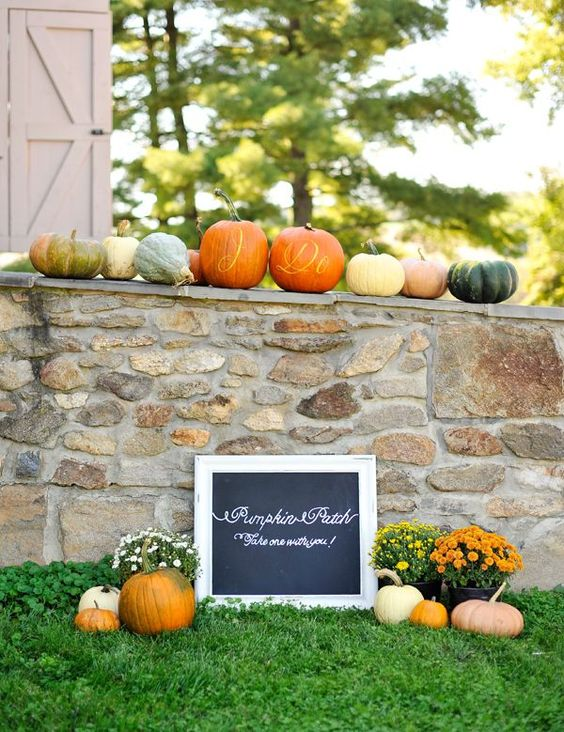 Pumpkin mixed centerpiece. Wedding inspiration. Autumn