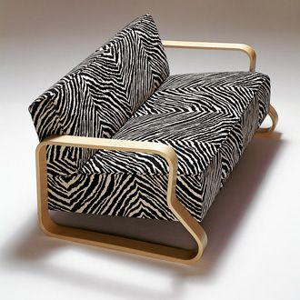 Alvar Aalto Sofa 544. Still a cool sofa now!