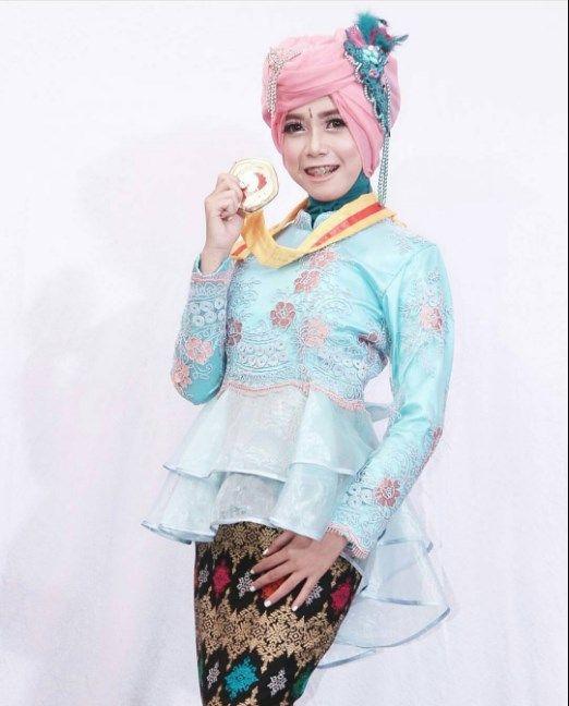 Cara Hijab Pasmina Hijab Pesta Hijab Kondangan Hijab Wisuda Hijab Super Simple Tanpa Banyak Jarum Youtube Model Pakaian Hijab Kerudung Pesta