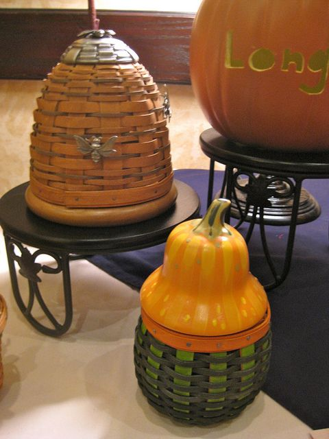 Bee hive basket and gourd basket longaberger maple wood pinterest bee hives baskets and - Wicker beehive basket ...