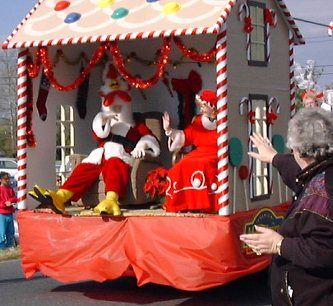 Parade float | Girl scout | Pinterest | Christmas parade floats ...