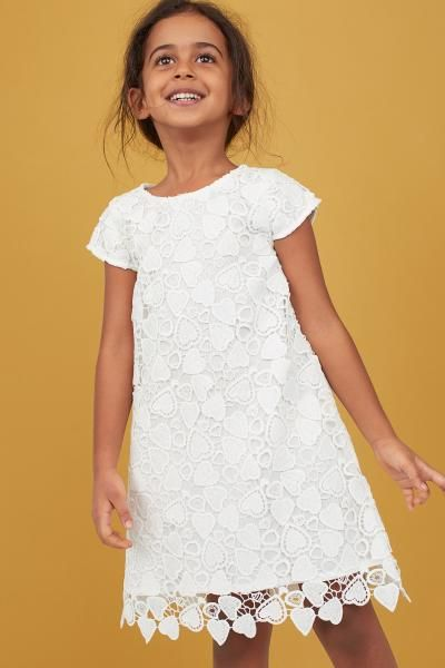 Lace Dress In 2020 Lace Dress Dresses Girl Outfits