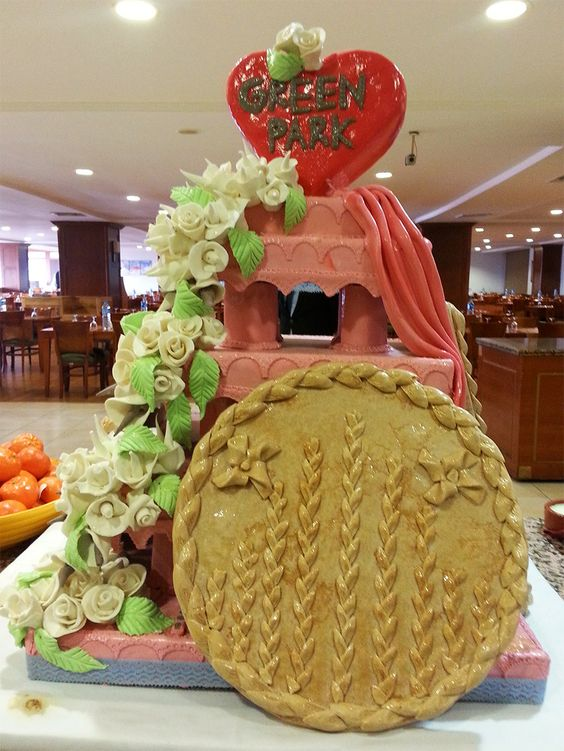 Restoranımızda sizi karşılayan Green park pastamız