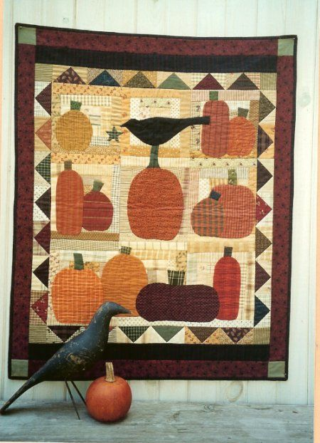 Country Threads :: Fall Quilt Patterns :: One Crow Quilt Pattern ... : pumpkin quilt pattern - Adamdwight.com